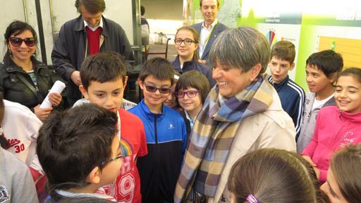i bambini con l'assessora Mariagrazia Pellerino