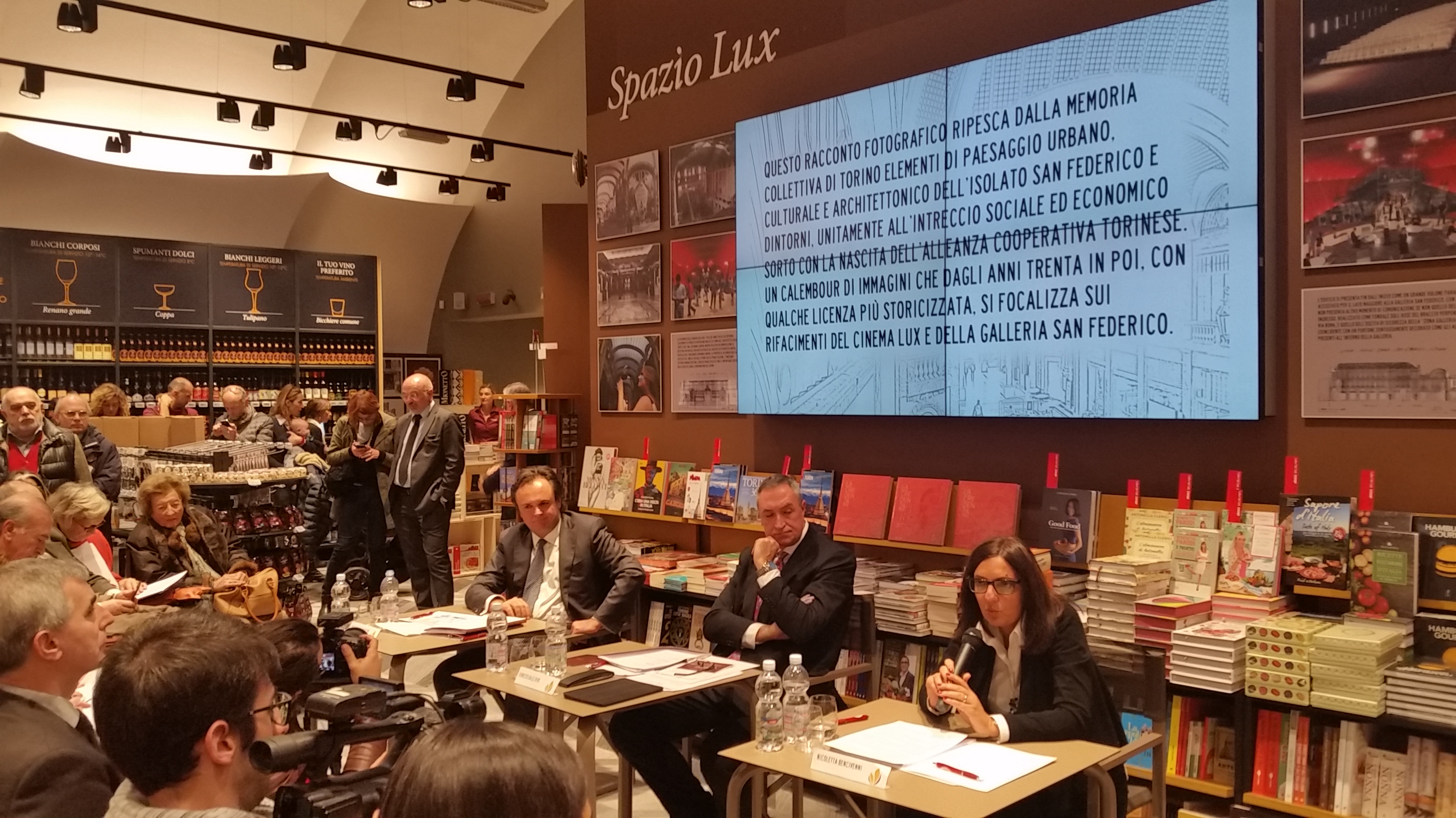 Ristorante La Credenza Galleria San Federico : Torino apre fior food nuovo store di coop